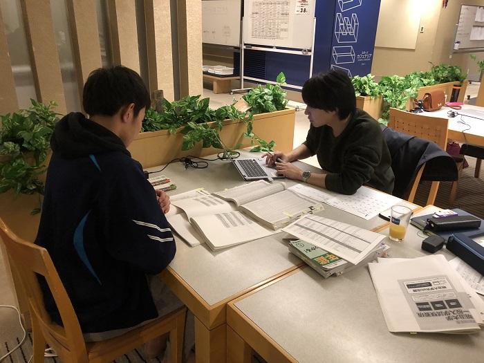 センター試験まで残り38日、第3学年舞子高原センター合宿3日目の様子