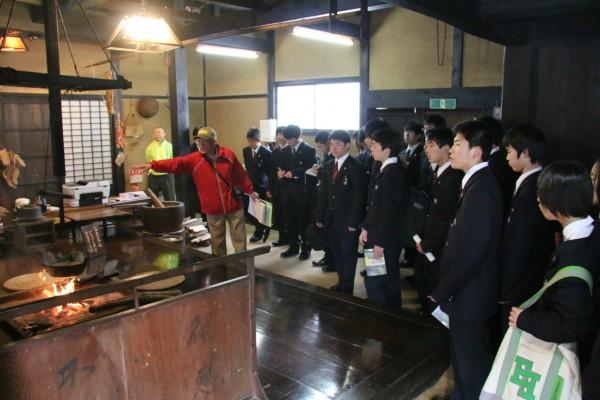 普通科第1学年第1班がオリエンテーション合宿を実施しました。