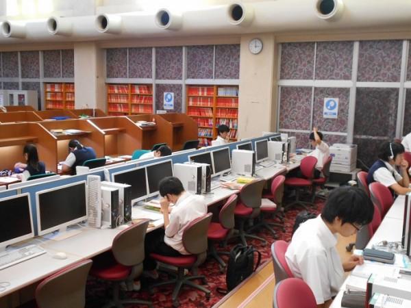 夏休みの大学入試対策センター