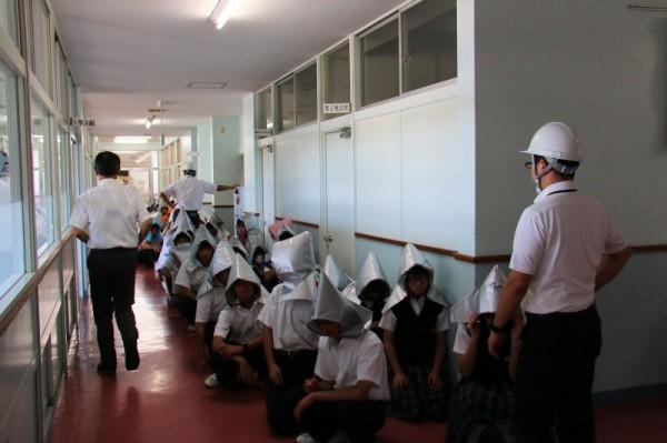 避難訓練を実施