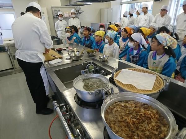 加須東中学校との交流授業を実施