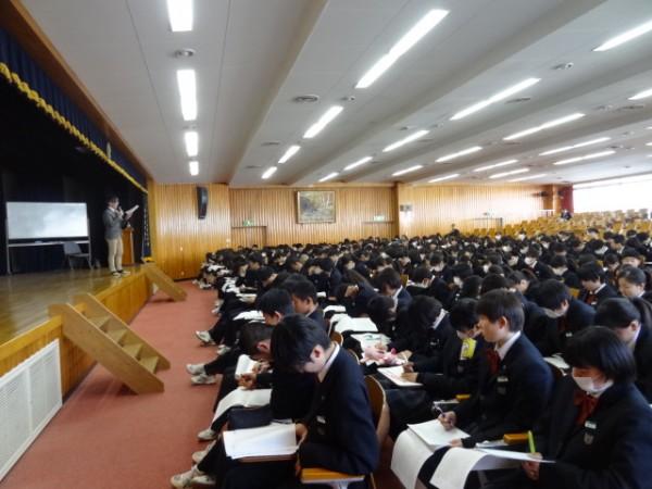 第一学年 小論文ガイダンス 【総進・食育】