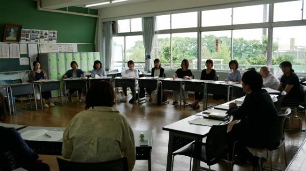 学級保護者会を実施