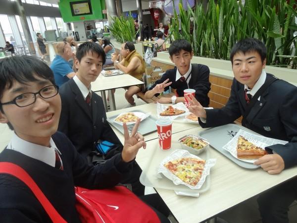 アメリカ修学旅行 食育実践科 報告1