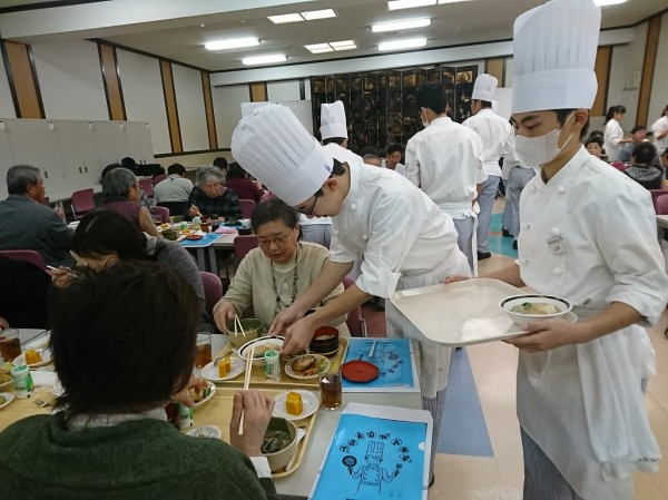 加須市民対象CaFeメシ試食会!!
