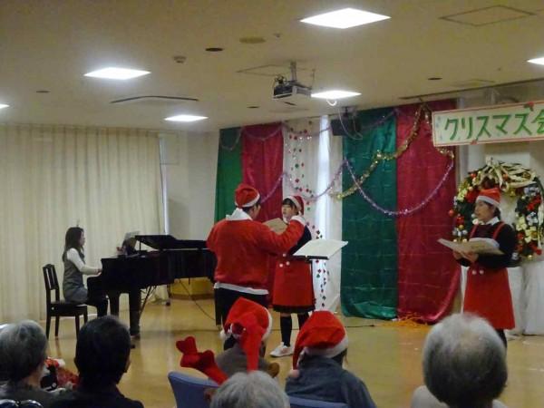 コーラス部 学生ボランティア活動(クリスマスコンサート2)