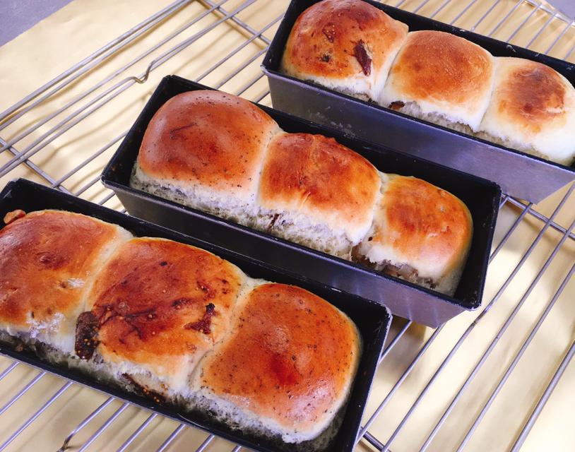 文化祭に向けて、パンの試作をしました♪