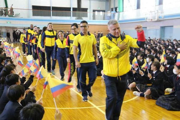 コロンビア共和国レスリング選手団 歓迎式典