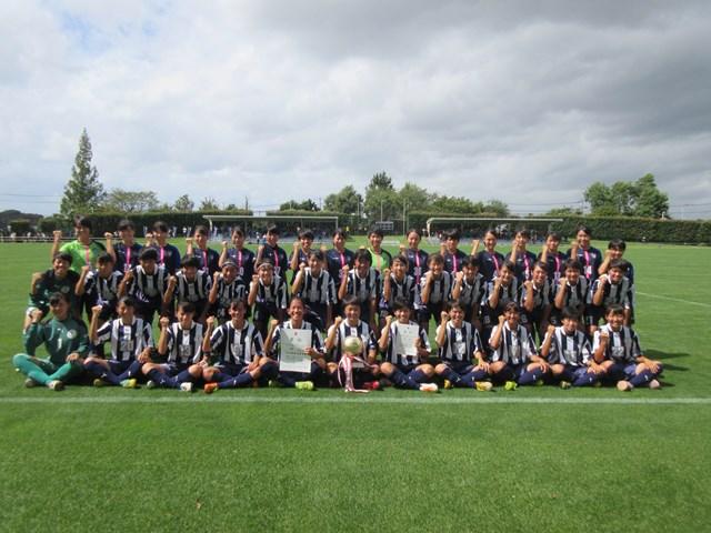 女子サッカー部 県大会3年連続3冠☆☆☆