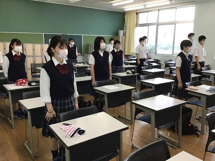 2年生分散登校開始 ~3か月ぶりの登校、新しいクラスメートとの出会い~