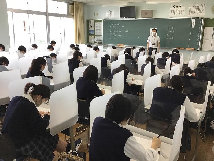 第1学期・期末考査3日目 ~本日から2年生開始~