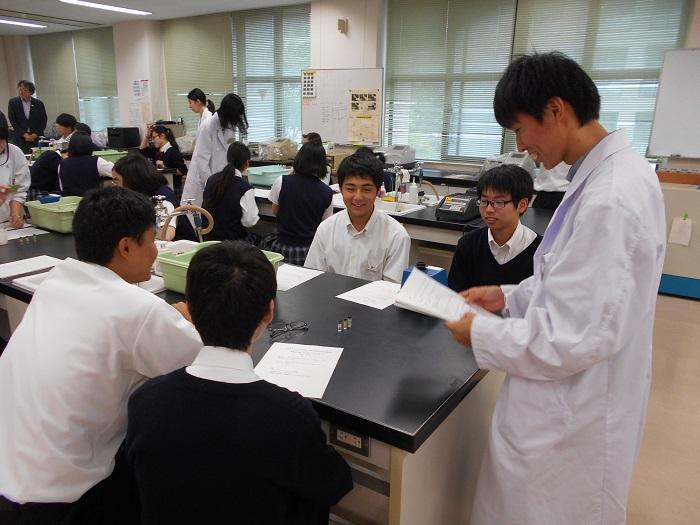 本校普通科の取り組み④ ~アクティブラーニング「理数選抜クラス進学シンポジウム」を計画~
