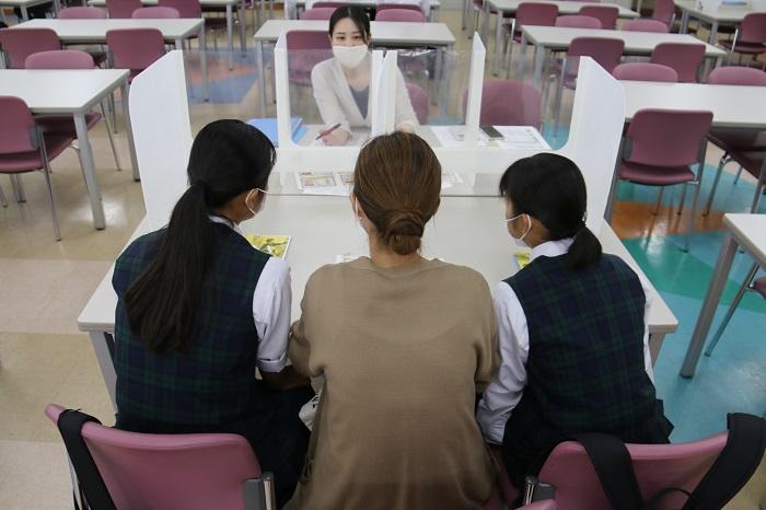 「第4回学校説明会・個別相談会」(お礼とご報告)