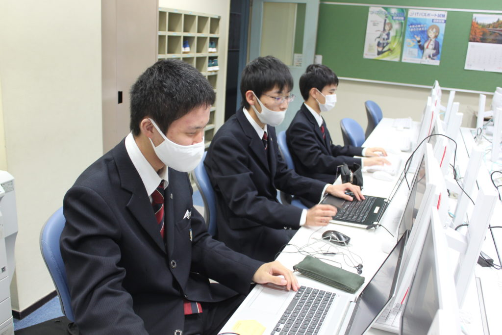 コンピュータ部の活動紹介