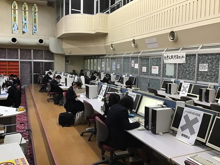 徳栄生の一日④ ~放課後の大学入試対策センター(自習室)の様子~