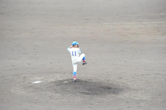 秋季埼玉県高校野球大会準々決勝 ~エース金子9奪三振と好機に適時3塁打、1年増田は3安打2打点の活躍で準決勝進出~